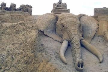 olifant sand sculpture art Morning Awesomeness