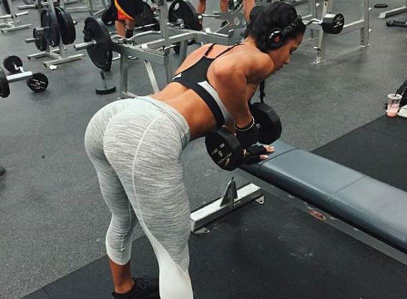 Gorgeous Girls in Yoga Pants (37 Photos)