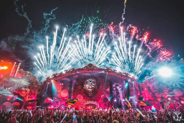 Tomorrowland Brasil 2016 - Official Aftermovie 1