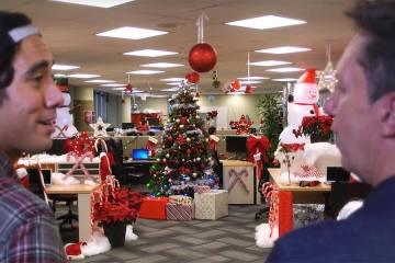 Zach King's Epic Christmas Magic Decoration