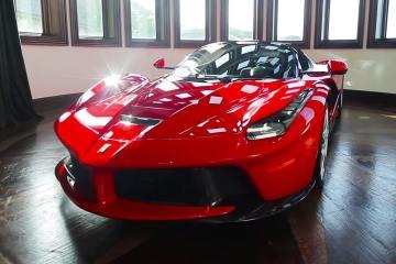 LaFerrari Aperta in the most INSANE garage in the world 1