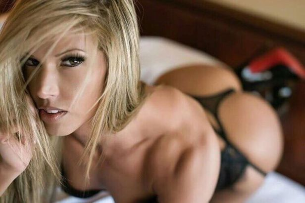 Can we Have a Look at Your Lingerie! (35 Photos) 1