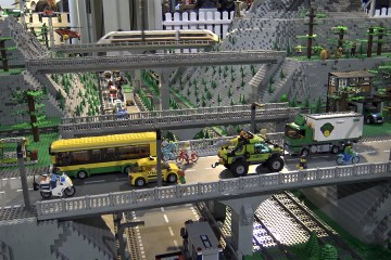 Incredible Lego Train City with Underwater world 1