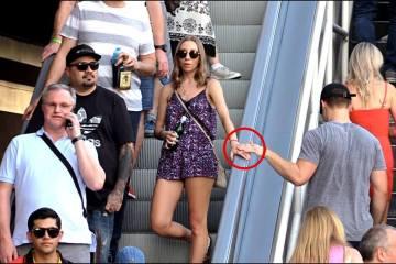 Touching Hands On The Escalator Prank 2 1