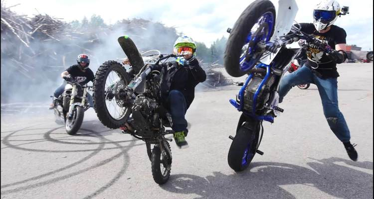 Level up with Supermoto Stunts - Arttu Stenberg 1