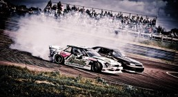 drift-racing-at-lydden-circuit-by-richie