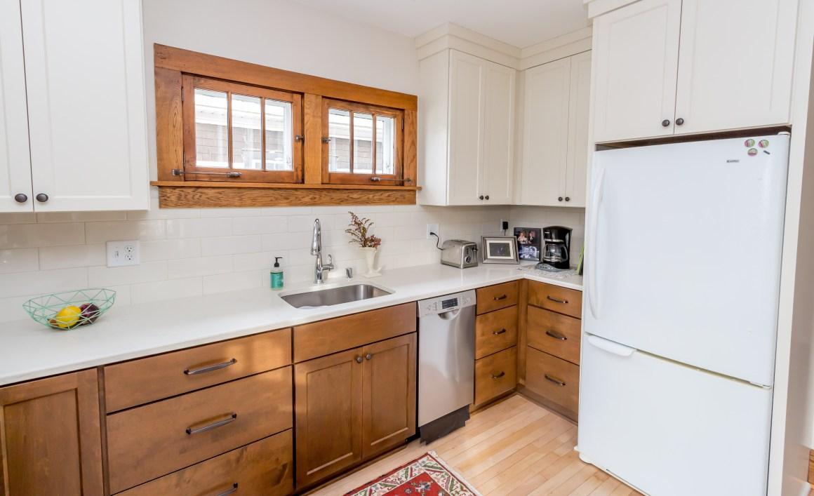 milwaukee bungalow kitchen remodel – badger carpentry, inc.