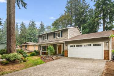 12108 NE 68th Place, Kirkland, WA 98033