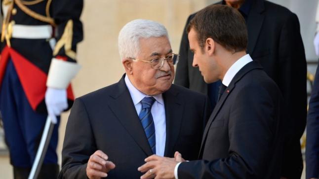 ماكرون يؤكد دعمه للرئيس الفلسطيني