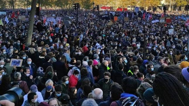 عنف الشرطة يخرج الفرنسيين للاحتجاج بالآلاف
