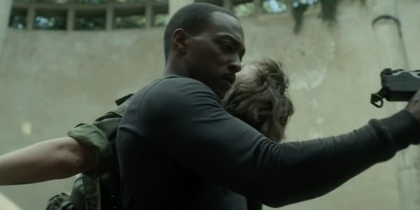 Anthony Mackie outside the wire