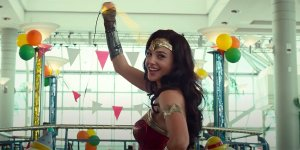 wonder woman 1984 papere blooper