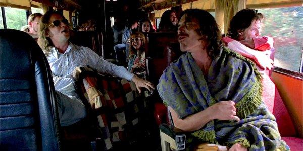 quasi famosi bus