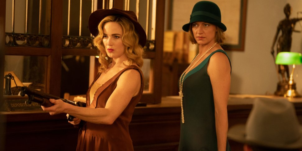 """Legends of Tomorrow 7x01 """"The Bullet Blondes"""": la recensione"""