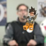 Overwatch, in arrivo i set LEGO, svelata Tracer
