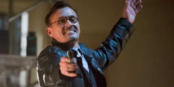 """Arrow 2: Robert Knepper è il """"Re degli Orologi"""" - BadTv.it"""
