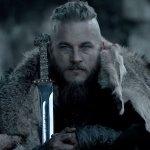 Raised by Wolves: Travis Fimmel protagonista della serie diretta da Ridley Scott