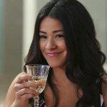Charmed: Gina Rodriguez dirigerà l'undicesimo episodio del reboot