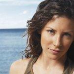 Evangeline Lilly: polemica per una scena di nudo in Lost, le scuse degli autori
