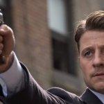 "Gotham 5×02 ""Legend of the Dark Knight: Trespassers"": recap e commento"