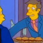 I Simpson: l'iconica scena del Vitellone al Vapore e i folli remix dei fan