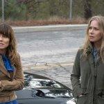 Dead to Me: il trailer e le foto della serie Netflix con Christina Applegate e Linda Cardellini