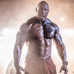 Hobbs and Shaw: un imponente Dwayne Johnson in una foto dal set alle Hawaii dello spin-off di Fast & Furious