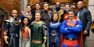 arrowverse-crisis-crossover-group-1