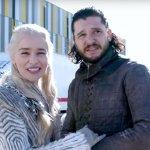 Game of Thrones 8: Emilia Clarke cerca di rivelare i segreti del set per promuovere un'iniziativa benefica!