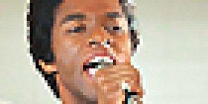 Chadwick Boseman è James Brown nel primo trailer italiano di Get on Up!