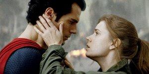 """L'uomo d'Acciaio, Amy Adams sul sequel: """"Stanno lavorando allo script"""""""