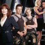 Battlestar Galactica: lo sceneggiatore di Quello che Non Uccide per il film targato Universal