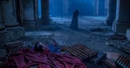 Batman v Superman: l'Uomo d'Acciaio ai piedi del Crociato di Gotham in una nuova foto dal backstage