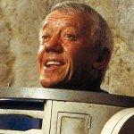 """Kenny Baker: il cordoglio di George Lucas e di tutta la """"famiglia"""" di Star Wars"""