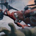 Avengers: Infinity War, durante un meeting Louis D'Esposito posta un'iconica immagine dei fumetti