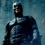 Batman: le 10 migliori easter egg contenute nei film sul Crociato di Gotham mostrate in un video