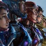 Power Rangers: il team in costume e a volto scoperto in un nuovo poster, svelata la durata del film