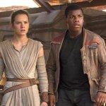 Star Wars: Il Risveglio della Forza, J.J. Abrams rivela come ha cambiato il primo incontro tra Rey e Finn
