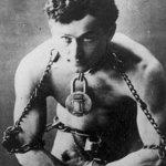 Houdini: il regista di 10 Cloverfield Lane per un film sul celebre illusionista