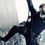 Mechanic: Resurrection, Jason Statham scala un grattacielo nel primo poster italiano