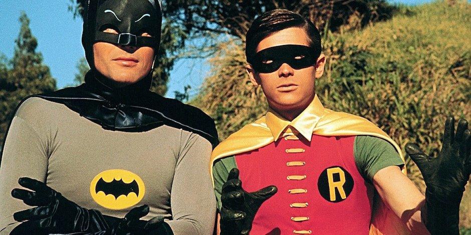 Addio ad Adam West, lo storico Batman della TV