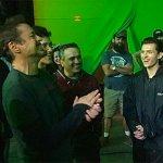Avengers: Infinity War, Stan Lee visita il set in una nuova foto