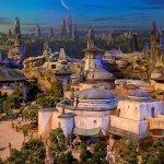 D23 Expo: svelato l'enorme modello di Star Wars Land!