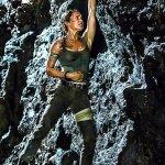 Tomb Raider: Lara Croft è in pericolo in una nuova immagine, Alicia Vikander parla del film