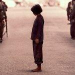 Netflix: Per primo hanno ucciso mio padre, il trailer e la locandina del film di Angelina Jolie