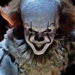 IT: il terrificante Pennywise in una immagine ad alta risoluzione
