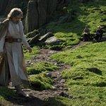 """Star Wars: Gli Ultimi Jedi, Mark Hamill: """"All'inizio è stato faticoso comprendere il vecchio Luke"""""""