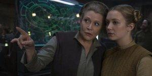 Billie Lourd Carrie Fisher Star Wars
