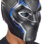 Black Panther: ecco l'elmo in scala 1:1 del supereroe Marvel targato Hasbro