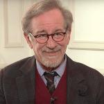 Steven Spielberg e Ted Sarandos di Netflix si sono incontrati nel bel mezzo delle polemiche post-Oscar